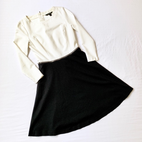 Banana Republic Dresses & Skirts - BANANA REPUBLIC COLORBLOCK ZIPPER SKATER DRESS